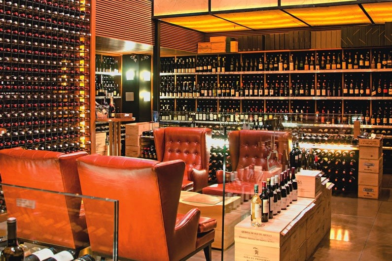 Loja: 1 600 rótulos produzidos por vinícolas de 18 países