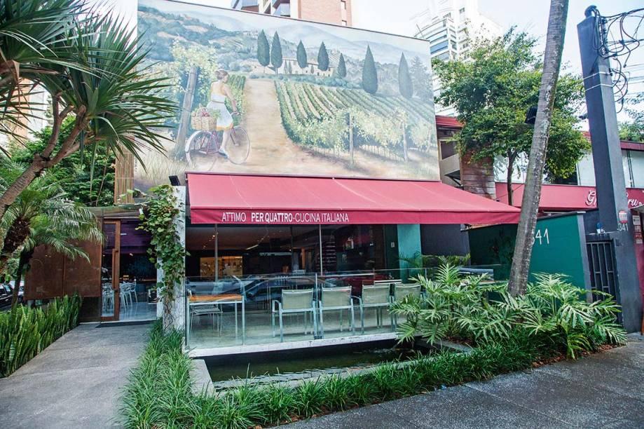 Mudança na fachada: imagem da Toscana no Attimo Per Quattro