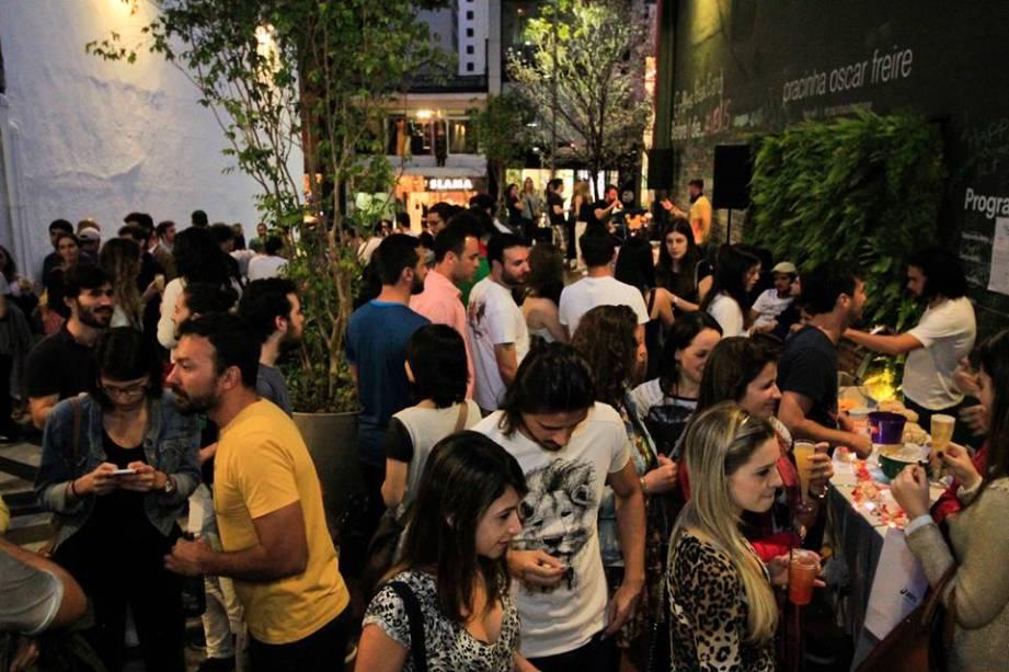 Festa Mimosa: primeira edição vespertina na capital paulista, na pracinha da Rua Oscar Freire