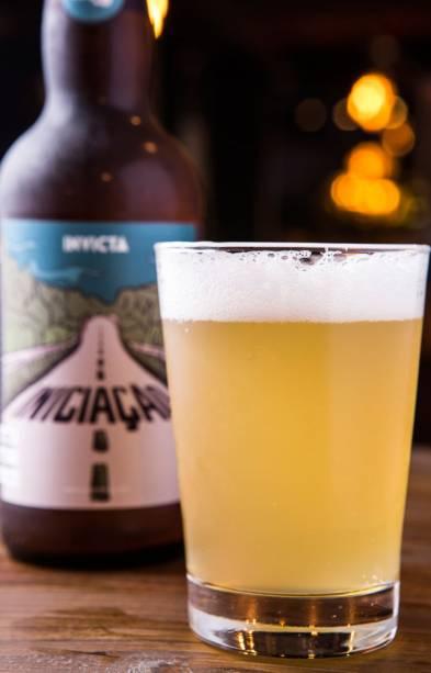 De trigo, a cerveja Invicta Iniciação é fácil de tomar