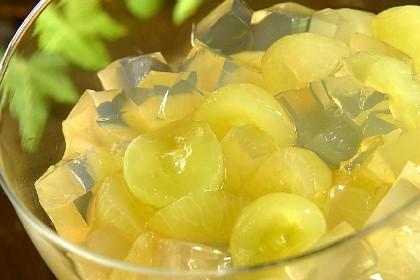 Gelatina de grapa com uvas, do Piselli
