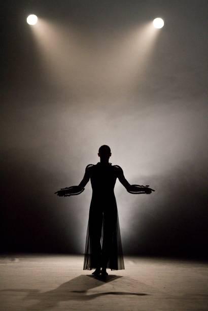 Glory: montagem do Ballet du Grand Theatre de Genève