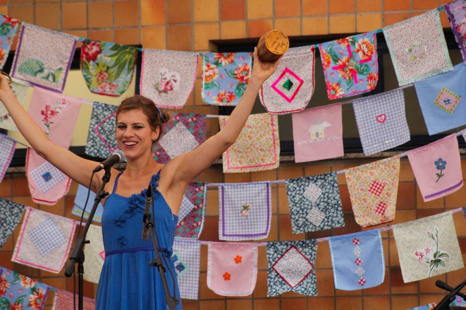 Planeta Peteca Trio prepara duas apresentações gratuitas para toda a família