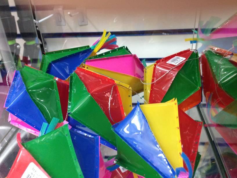 Armarinhos Universal: os balões para São João