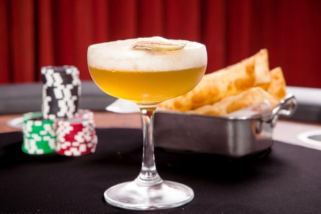 Straight Flush: drinque criado pelo bartender Fabio La Pietra