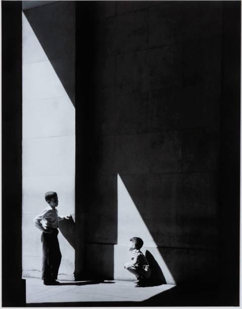 Triângulos Semelhantes, de Jose Oiticica Filho (1949)