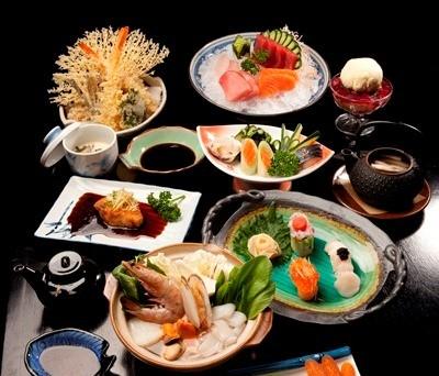 Um banquete especial no Hideki