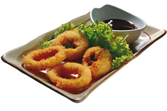 Anéis de lula: empanados e fritos