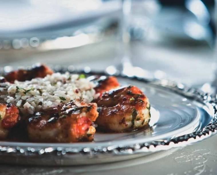 Camarão à provençal: seis crustáceos com arroz