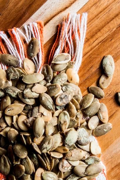 Lanche natureba com sementes de abóbora