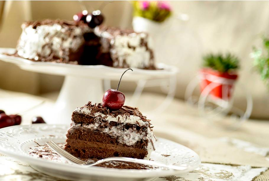 Padaria Lilóri: bolo floresta negra