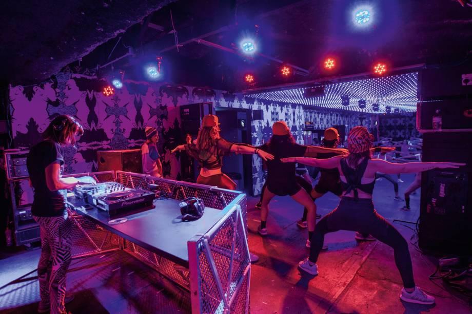 Club Workout: curso do estilo de dança inspirou balada
