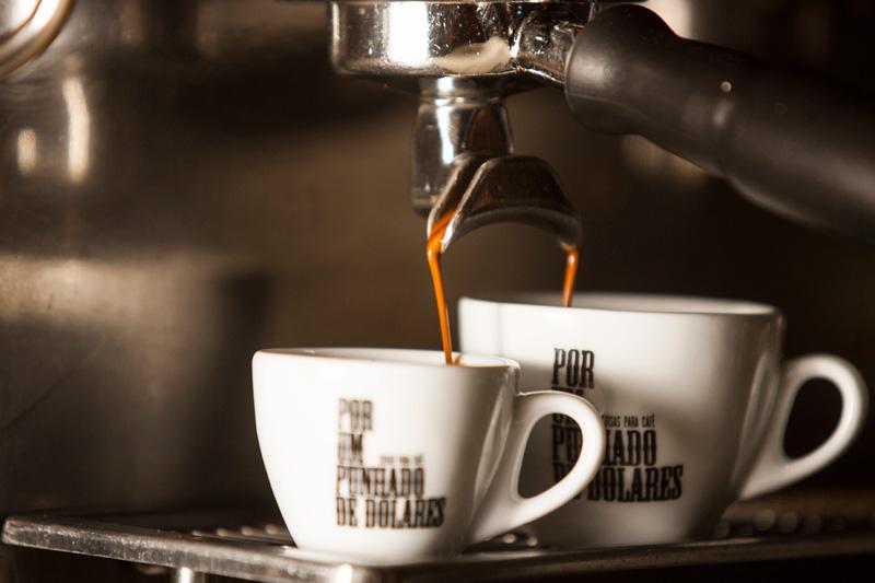 É possível encontrar cafés vindos da Bahia e de países como a Etiópia