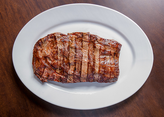 NB steak: a peça extraída da paleta bovina