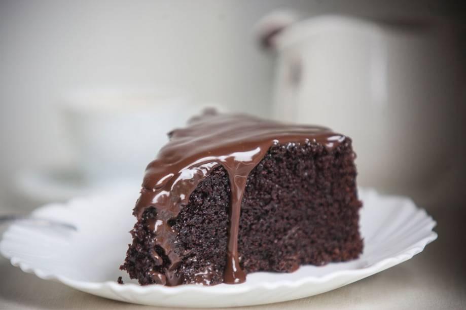 Fatia do bolo de chocolate