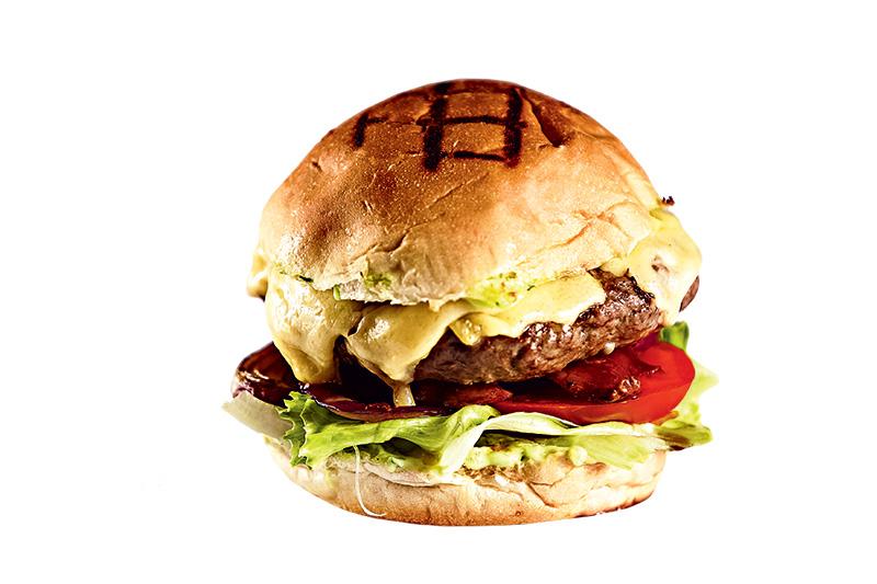 Ruella: lanche é feito com hambúrguer de fraldinha
