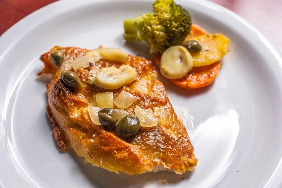 Até 7 de dezembro, por 69,90 reais, é possível comer à vontade receitas como o saint peter ao molho de alcaparra e cogumelo-de-paris em conserva