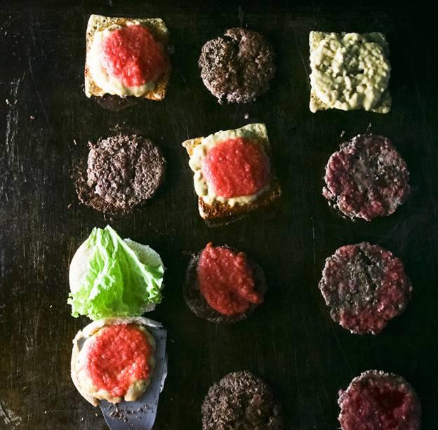 O segredo da carne: os bifes levam 90 gramas de patinho fresco, não congelado