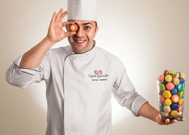 O chef confeiteiro Rafael Barros