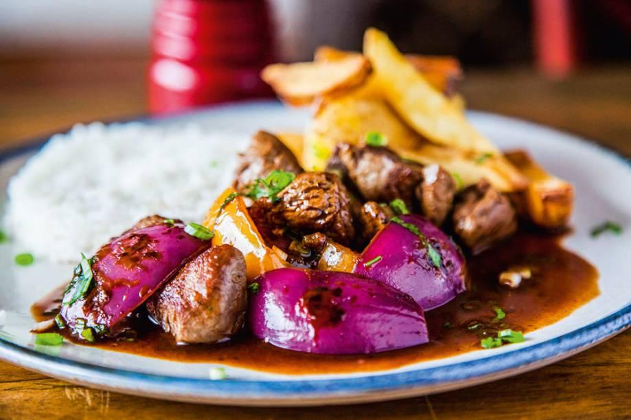 Lomo saltado: prato do menu do La Peruana