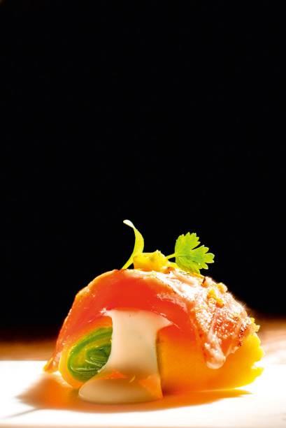 La Peruana Cevichería: makicausa de salmão