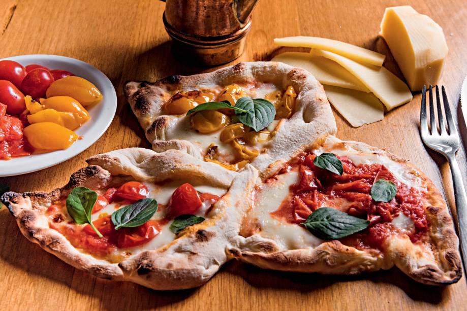 """""""Margherita 3D"""": pizza é dividida em três compartimentos, com queijos e tomates diferentes em cada um"""