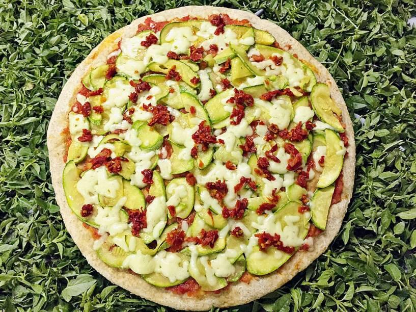 Pizza com massa integral