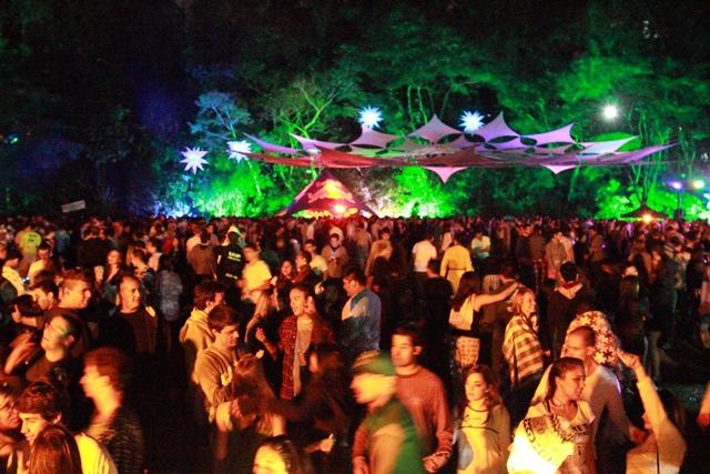 Fantasias no Bosque: tradicional festa à fantasia da Medicina da USP