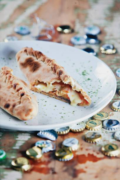 Panini de rosbife e queijo do Melograno