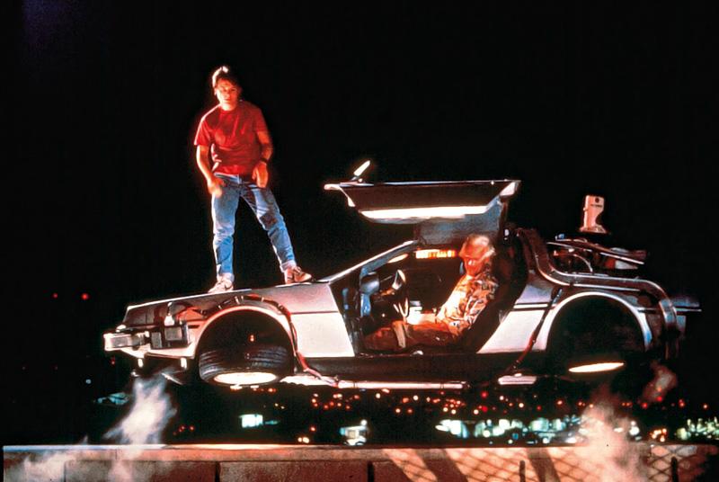 De Volta para o Futuro: trinta anos depois do retorno do protagonista aos anos 80 na trama