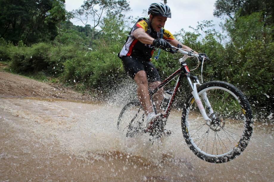O Cantareira Esportes de Aventura oferece atividades de mountain bike