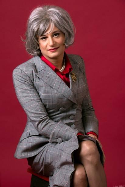 Nilton Bicudo como Myrna, a conselheira rodriguiana
