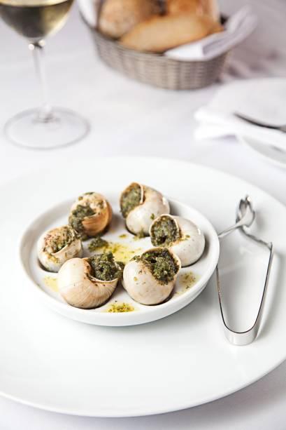 Porção de escargots franceses do Chef Rouge