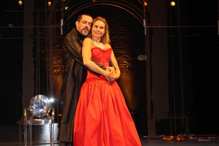 Washington Luiz Gonzales e Paula Burlamaqui: comédia de Molière