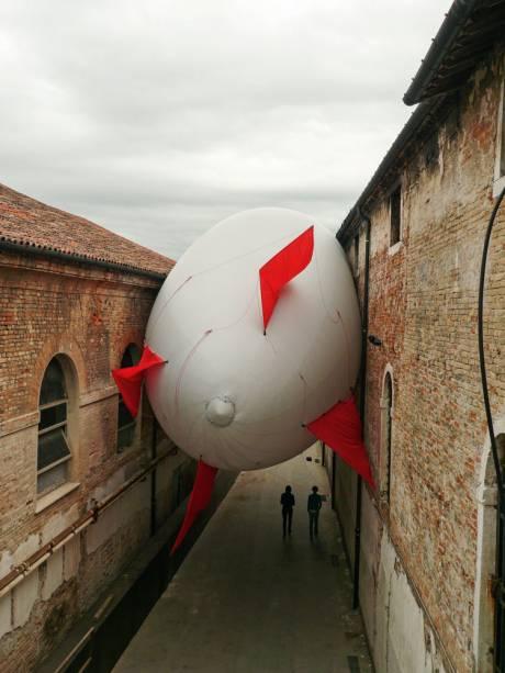 Balões em Veneza, em 2009: intervenção lembrada na mostra