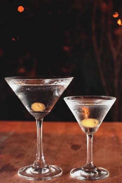 O dry martini e sua versão míni: no cardápio do Paribar