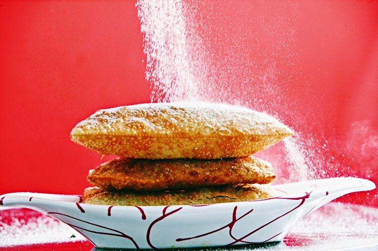 Pastéis de goiabada com queijo branco, da pastelaria Pastel da Maria