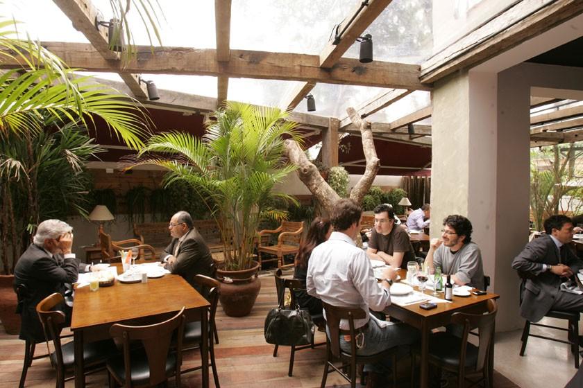 Pobre Juan: carnes argentinas em ambiente informal