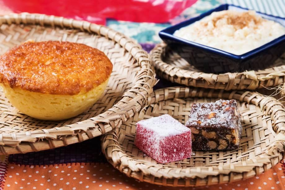 Bolo de milho, arroz-doce, pé de moça...: doces do Lá da Venda