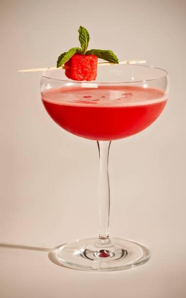 The Sailor: o drinque de verão do pub leva vodca, melancia, limão, hortelã e xarope de amêndoas