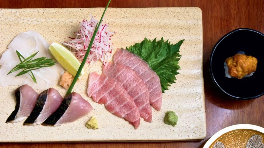 Sashimis de linguado, atum e carapau