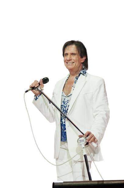O cantor, de 75 anos: dez apresentações na cidade