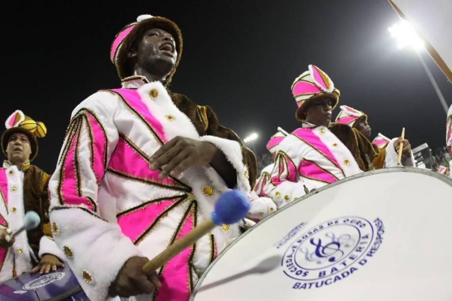 Rosas de Ouro: escola foi a campeã do Carnaval 2010