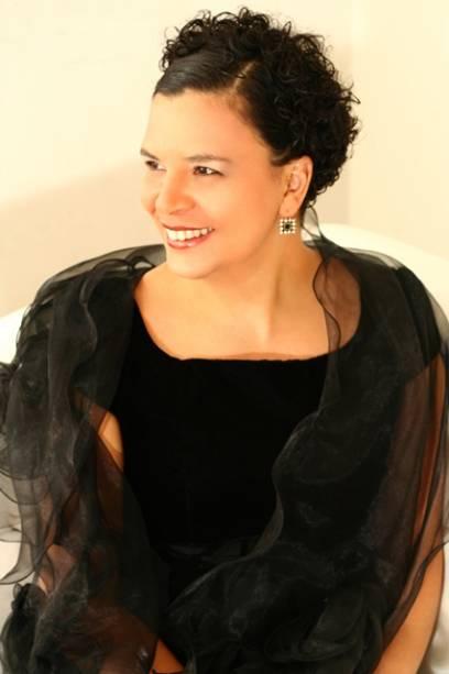 A soprano Rosemeire Moreira