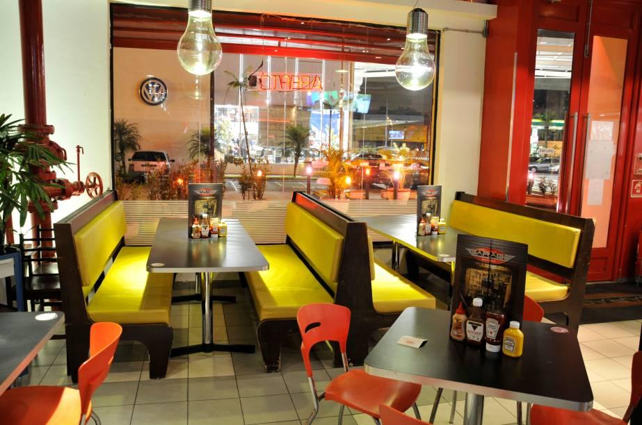 Garage Burger: lanches em ambiente inspirado em corridas de Stock Car