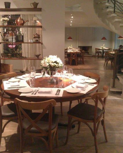 Casa Santo Antônio: italiano funcionará num imóvel residencial transformado em restaurante