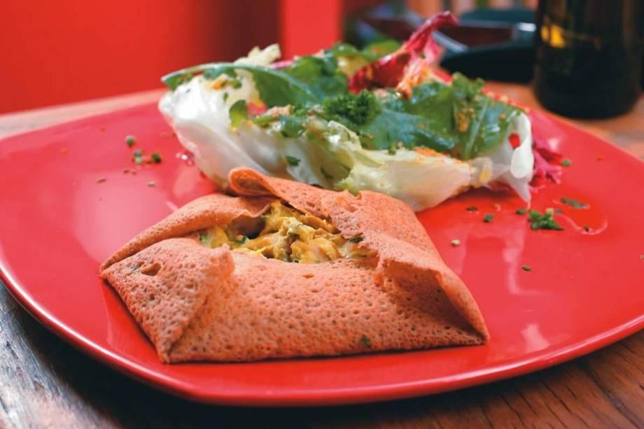 Galette de frango ao açafrão: opção do menu para o almoço