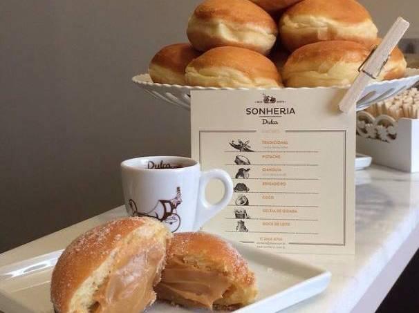 Sonheria Dulca: sonho de doce de leite
