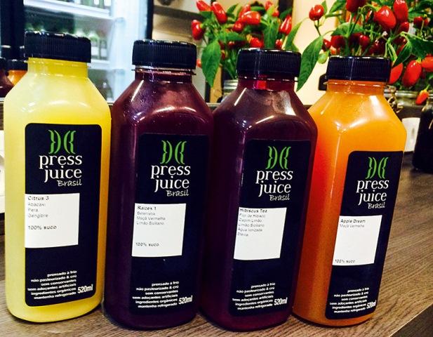 As embalagens grandes: bebidas orgânicas e sem corantes