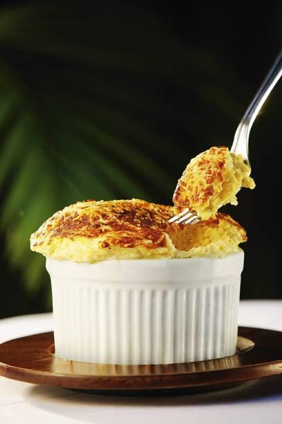 Brilham da entrada à sobremesa receitas de suflê do chef Jean Durand, hoje executadaspelo neto Raphael Despirite. Boa versão salgada, o de queijo gruyère sai por R$ 49,00.